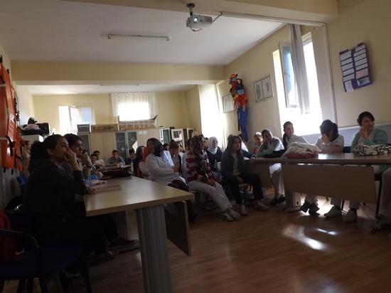 Sandıklı Anadolu Sağlık Meslek Lisesi Tarafından Hazırlanan Seminer Dolu Dolu Geçiyor (2)