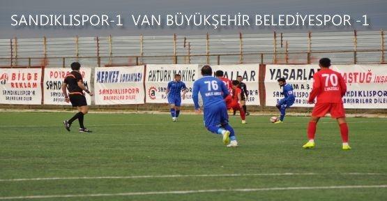 sandiklispor_8_kisi_kalan_van_sporu_yenemedi_h20975